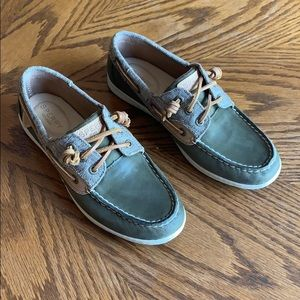 Sperrys - army/olive green leather and canvas